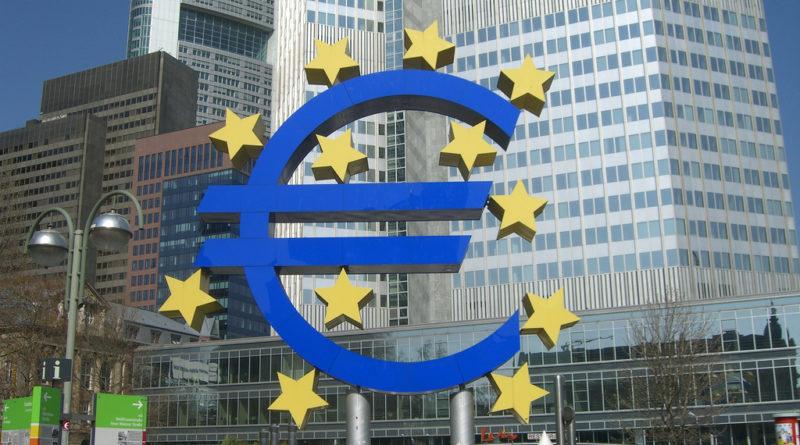 In UE meno Banche e dipendenti, più problemi per occupazione ed accesso al credito.